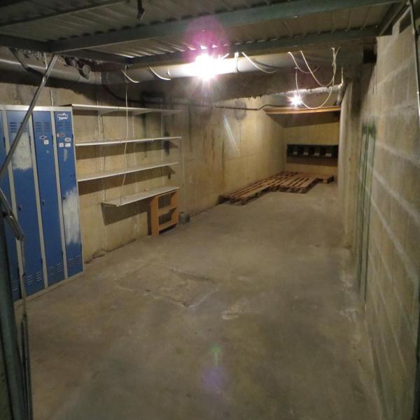Offres de location Garage Mandres-les-Roses 94520