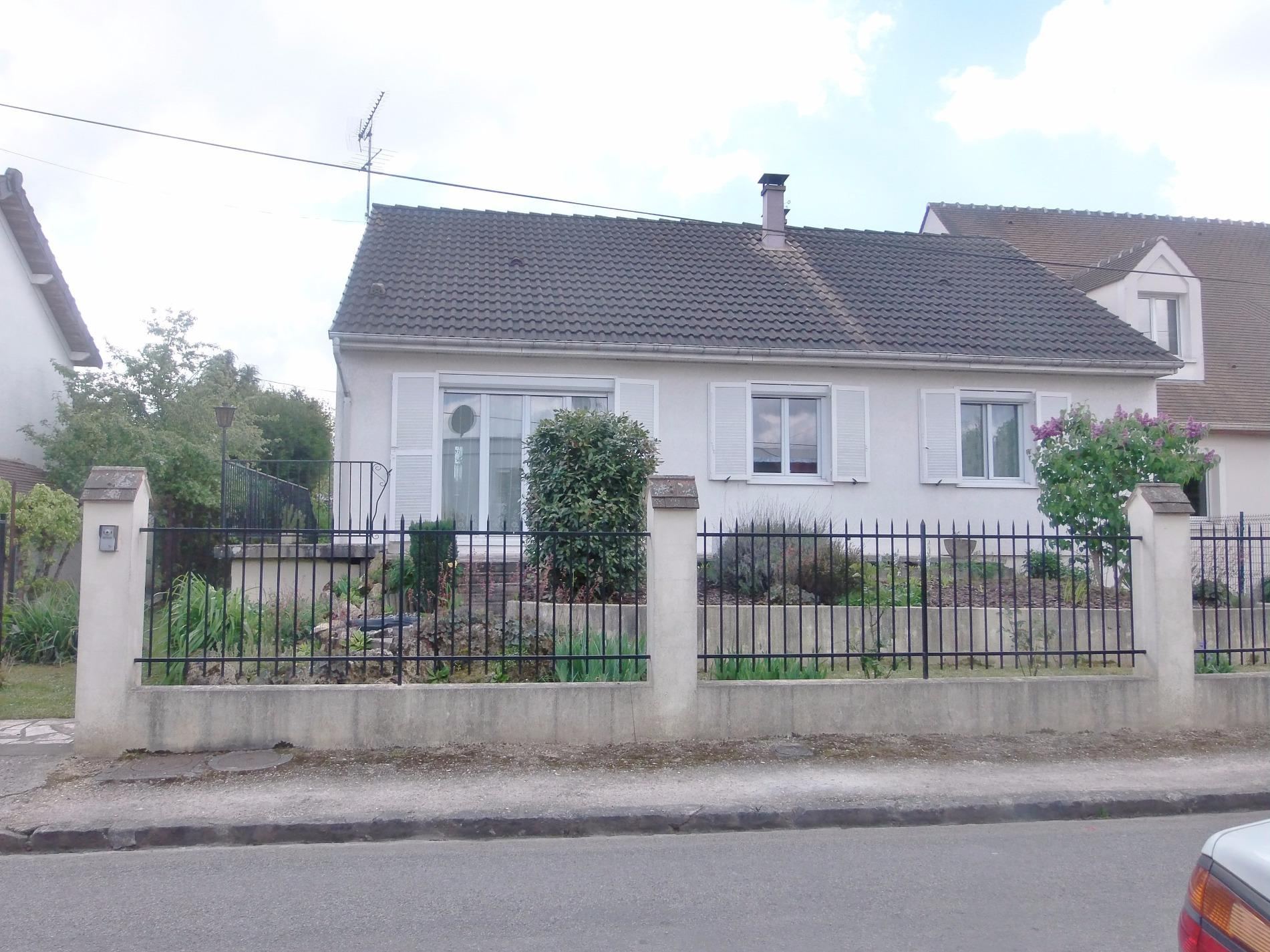 Vente maison de plain pied for Code postal villecresnes